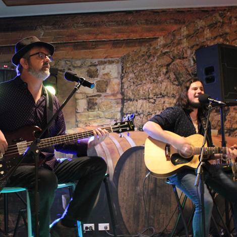 Darren Rolling Keys Duo